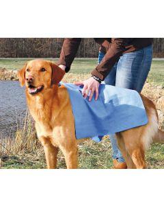 Praktisk handduk med snabb absorbering