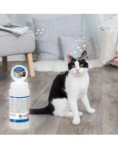 Bubblor som sprider en härlig doft av kattmynta