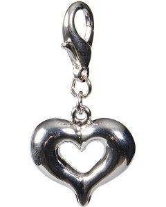 Fint hjärta som smyckar halsbandet